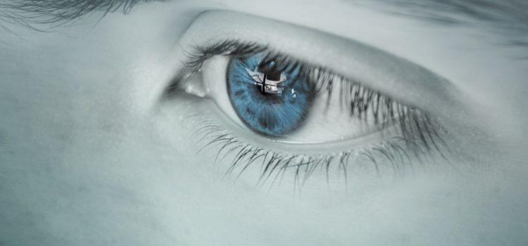 Sfaturi: Cum îți protejezi ochii în era digitală?