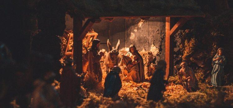 Ne dăm cadouri unii altora, mai puțin lui Isus
